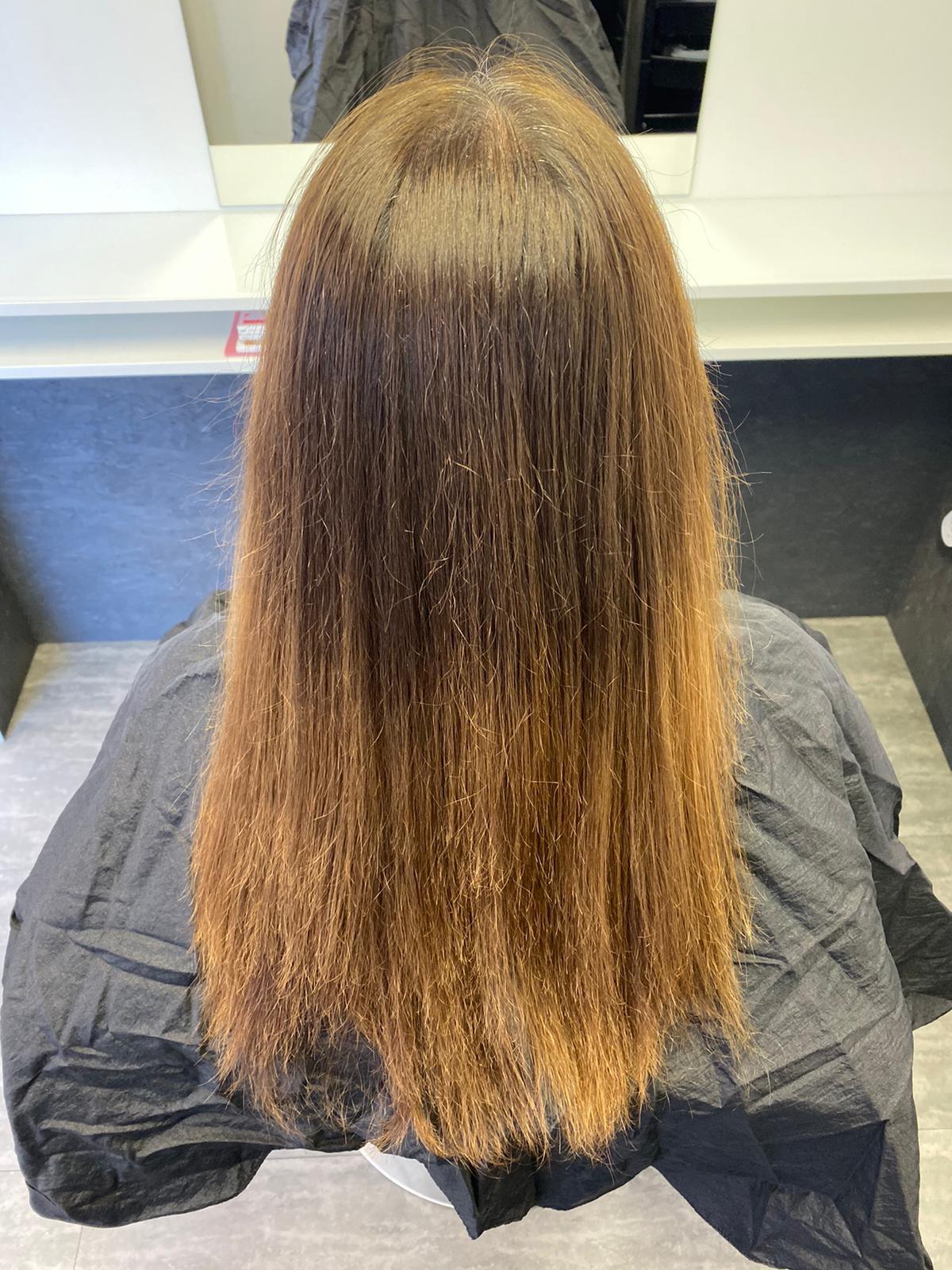 prodloužené vlasy před
