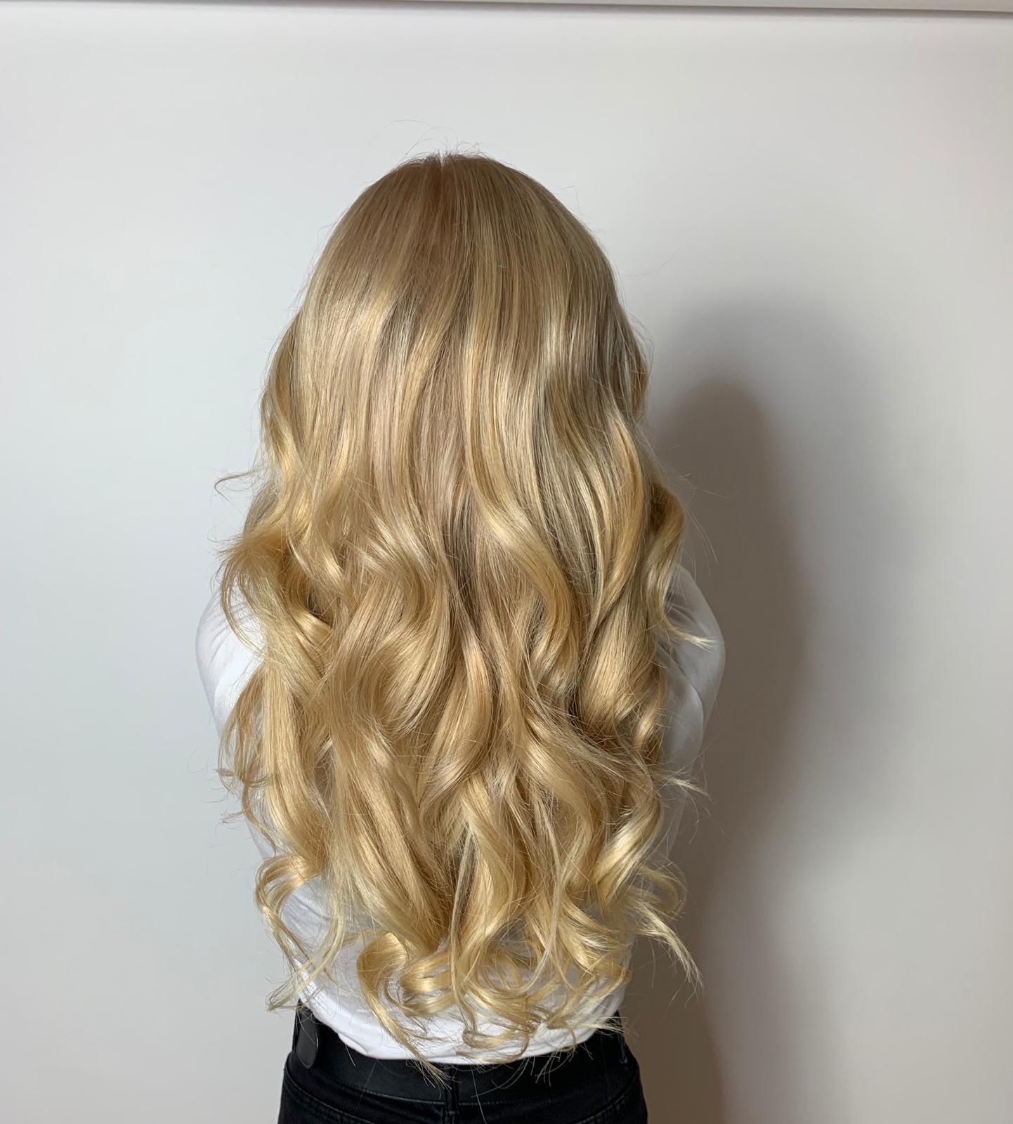 prodloužené vlasy